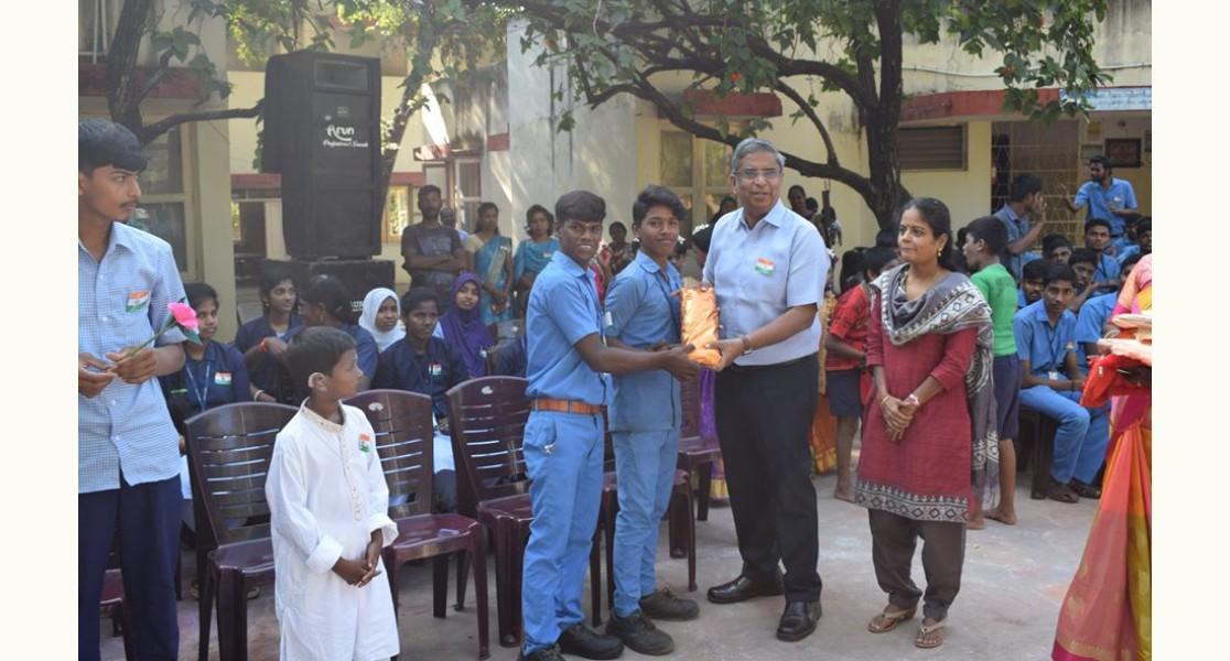 Awarding Children during Republic Day
