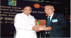 (NCPEDP) – Shell Helen Keller Award to Mr.C.Antony Samy, former Managing Director in recognition of his exemplary services in the field of rehabilitation and integration of persons with disabilities into mainstream society
